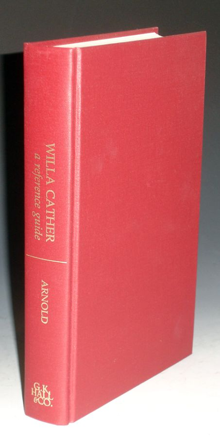 Willa Cather: A Reference Guide. Marilyn Arnold.