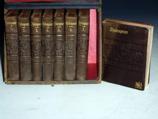 The Illustrated Pocket Shakespeare Complete with Glossary, 8 Vol set in Original Box