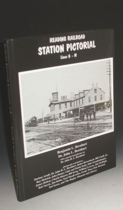 Reading Railroad Station Pictorial Lines G - M. Benjamin L. And Bernhart Dr. John L. Bernhart